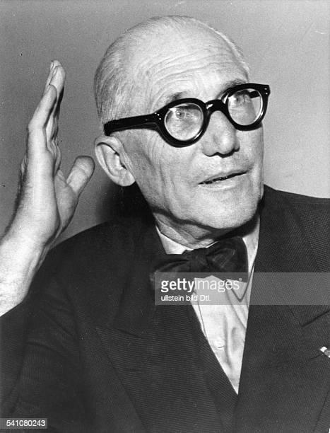 Le Corbusier *06101887Architekt Frankreich/SchweizPorträt 1957