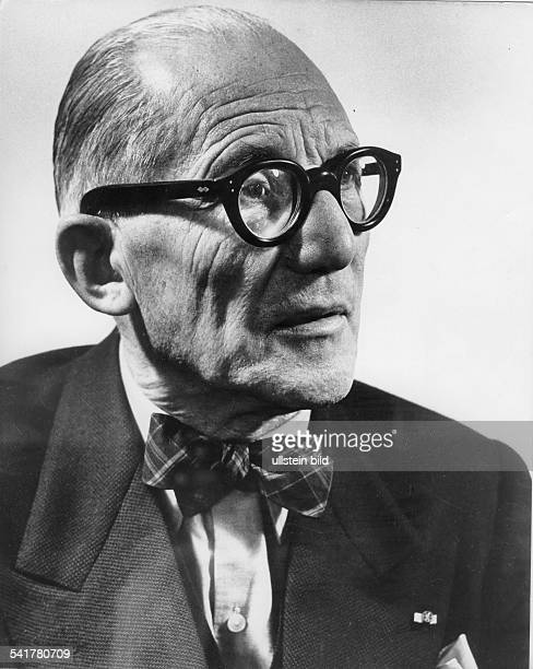 Le Corbusier *06101887Architekt Frankreich/SchweizPorträt 1956Foto Fritz Eschen