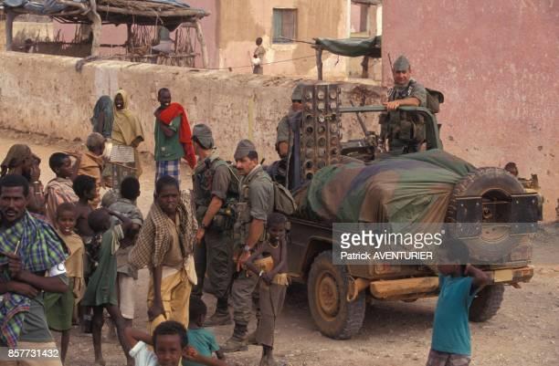 Le COS Commandement des operations speciales prend le controle de la ville de Hodur lors de l'operation 'Restore Hope' en Somalie en decembre 1992 a...