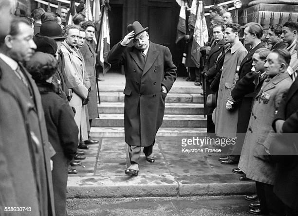 Le Docteur Charles Paul celebre medecin legiste aupres des tribunaux sortant de la messe en memoire du conseiller Albert Prince a Paris France le 3...