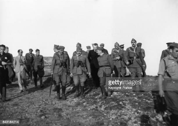 Le Général Franco et la junte militaire en 1937 à Santander Espagne