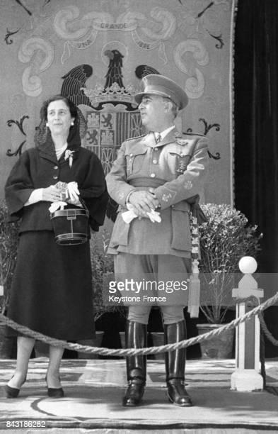 Le Général Franco et son épouse Carmen en 1956 à Madrid Espagne