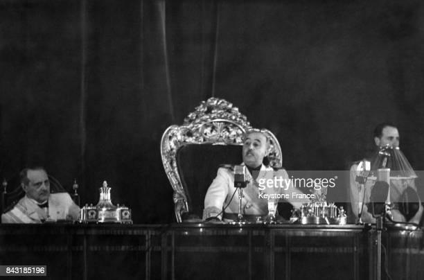 Le Général Franco prononce un discours d'inauguration des Cortes Espanolas en 1938 à Madrid Espagne