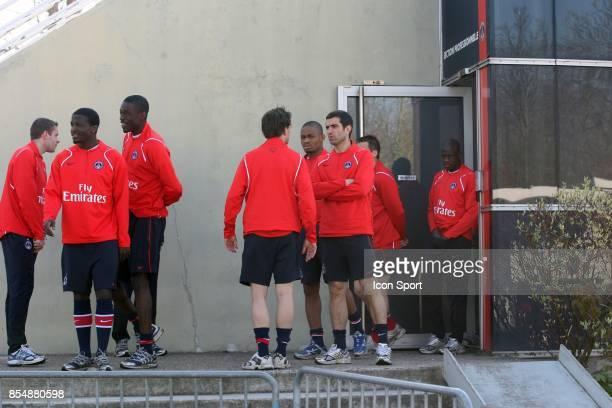 Le groupe PSG entrainement et decrassage du PSG Camp des loges St Germain en laye