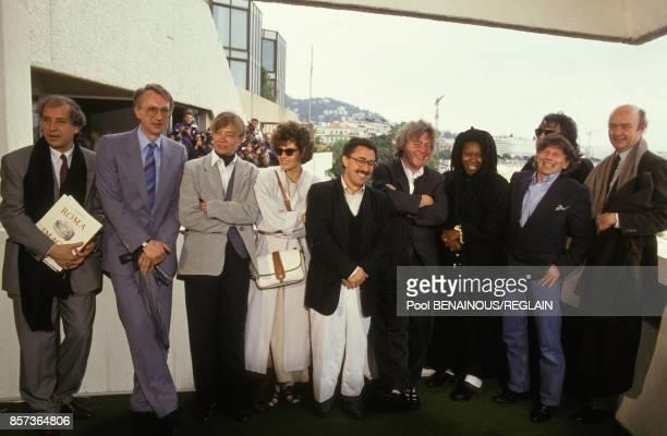 Le jury du 44e Festival de Cannes avec de gauche a droite Vittorio Storaro Hans Dieter Seidel Margaret Menegoz Natalia Negoda Ferid Boughedir Alan...