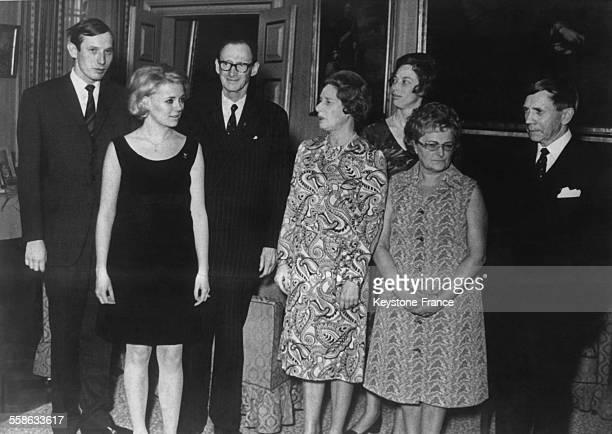 Le Prince Christian sa fiancee Anne Dorthe le Prince Knud et la Princesse Mathilde les parents la Princesse Elisabeth sa soeur et les parents de la...