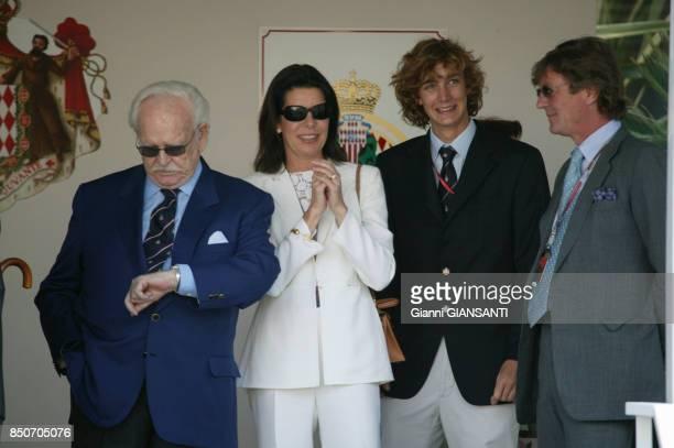 Le Prince Rainier Caroline de Monaco Pierre Casiraghi et ErnestAuguste de Hanovre lors du Grand Prix de Monaco le 23 mai 2004