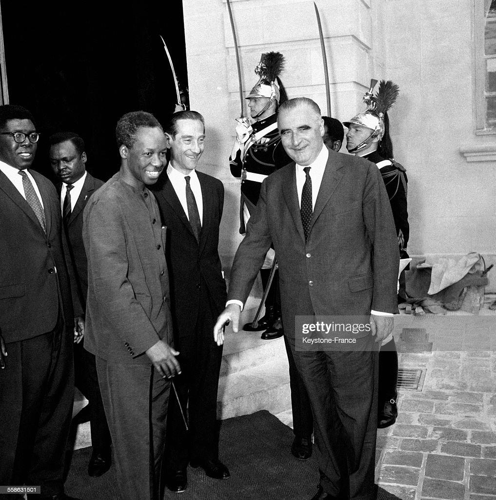 Le Président de la Tanzanie <a gi-track='captionPersonalityLinkClicked' href=/galleries/search?phrase=Julius+Nyerere&family=editorial&specificpeople=228294 ng-click='$event.stopPropagation()'>Julius Nyerere</a> a rencontré <a gi-track='captionPersonalityLinkClicked' href=/galleries/search?phrase=Georges+Pompidou&family=editorial&specificpeople=216523 ng-click='$event.stopPropagation()'>Georges Pompidou</a> lors de sa première visite en France le 28 juin 1965 à Paris, France.