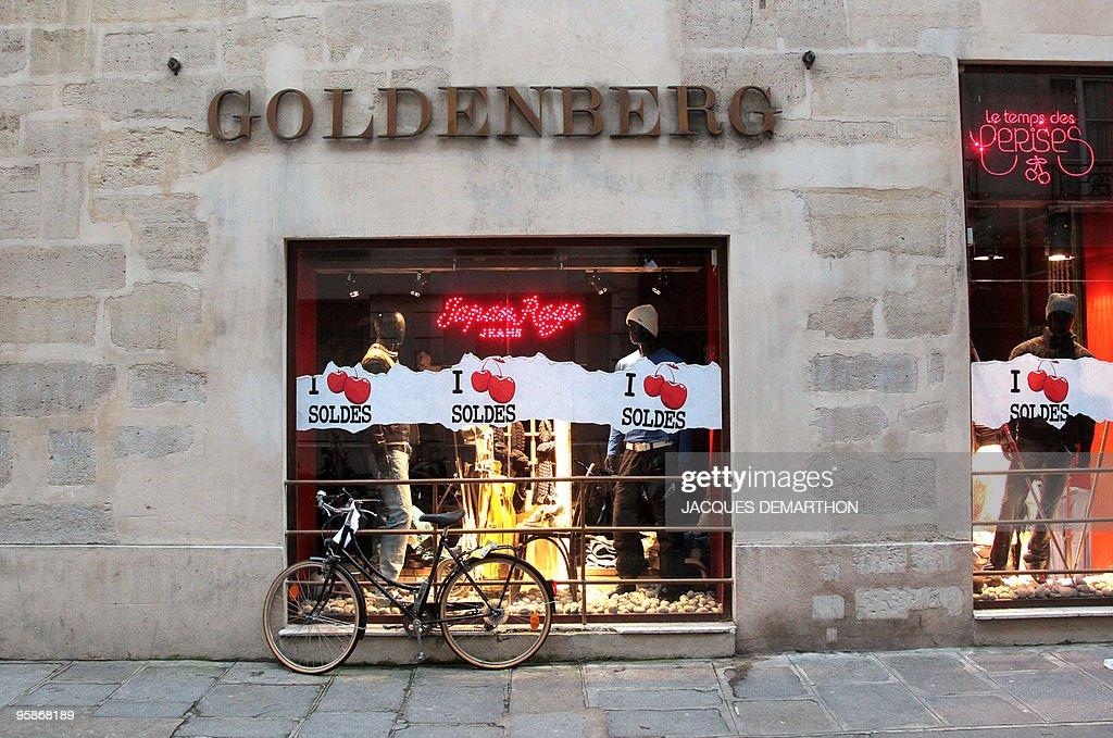BOUILLON ' Le quartier juif historique de Paris tourne une page ' Picture taken on January 18 2010 in Paris rue des Rosiers shows the facade of...