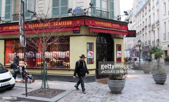 BOUILLON ' Le quartier juif historique de Paris tourne une page ' Picture taken on January 18 2010 in Paris rue des Rosiers shows the facade of...