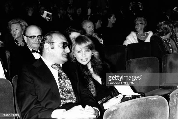 Le réalisateur Henri Verneuil dans une salle de cinéma en France en 1979