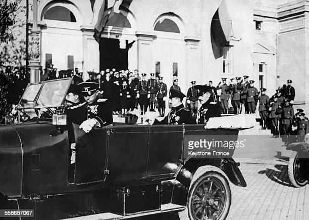 Le Roi Boris III de Bulgarie en voiture après avoir ouvert la Chambre des Députés circa 1920 en Bulgarie