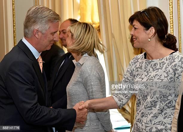 Le Roi Philippe reçoit à déjeuner les Ministres qui ont participé à la visite d'étude et de travail qu'il a menée en Allemagne les 12 et 13 mars...