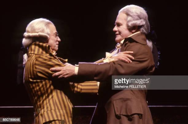 Le spectacle 'La Liberté ou la Mort' mise en scène par Robert Hossein avec les comédiens Jean Negroni et Bernard Fresson à Paris le 5 novembre 1985...