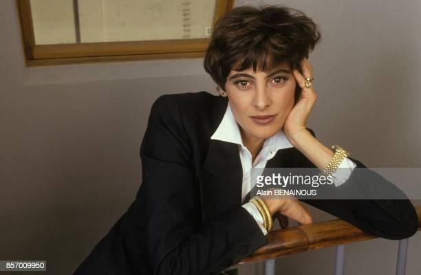 Le top model Ines de la Fressange lance sa ligne de pretaporter le 2 octobre 1991 a Paris France