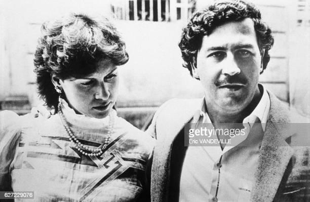 Le trafiquant de drogue Pablo Escobar patron du cartel de Medellin et sa femme Maria Victoria en 1983 en Colombie