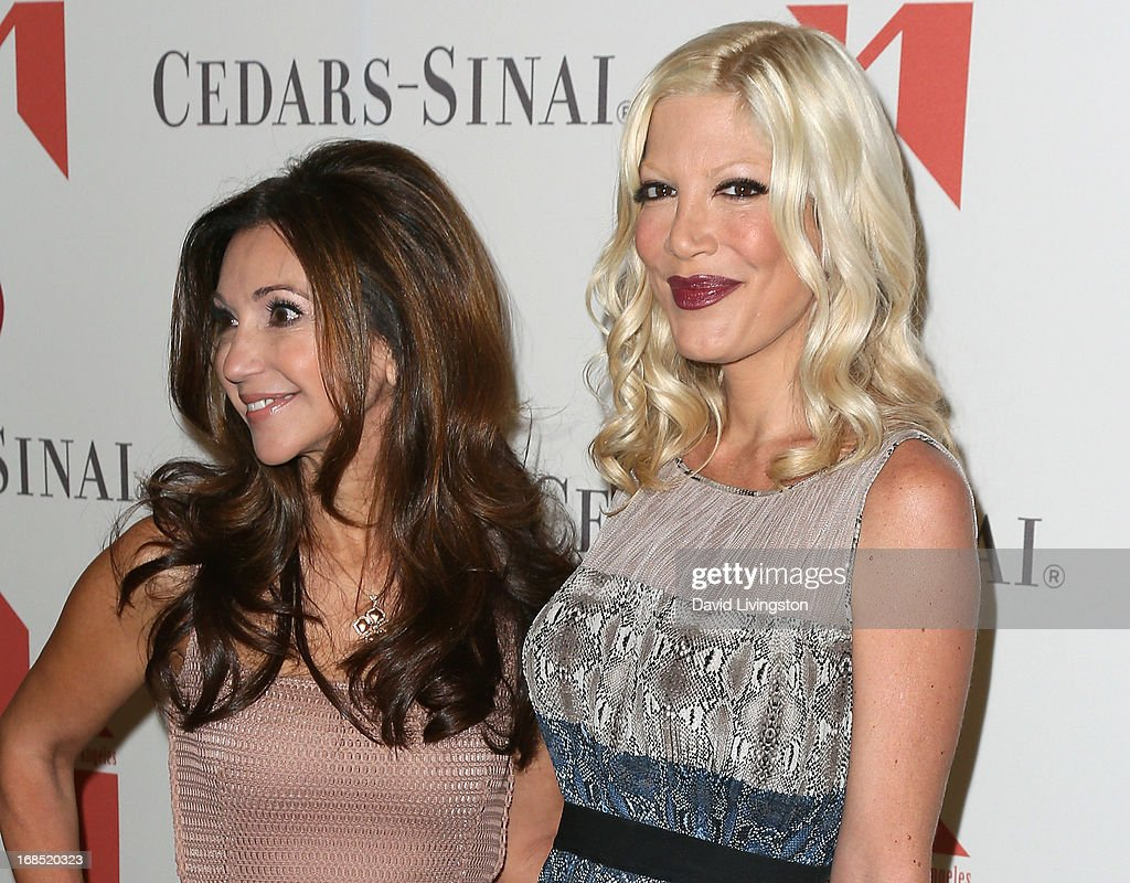 Lea Porter (L) and actress <a gi-track='captionPersonalityLinkClicked' href=/galleries/search?phrase=Tori+Spelling&family=editorial&specificpeople=202560 ng-click='$event.stopPropagation()'>Tori Spelling</a> attend The Helping Hand of Los Angeles' Annual Mother's Day Luncheon at the Beverly Hills Hotel on May 10, 2013 in Beverly Hills, California.