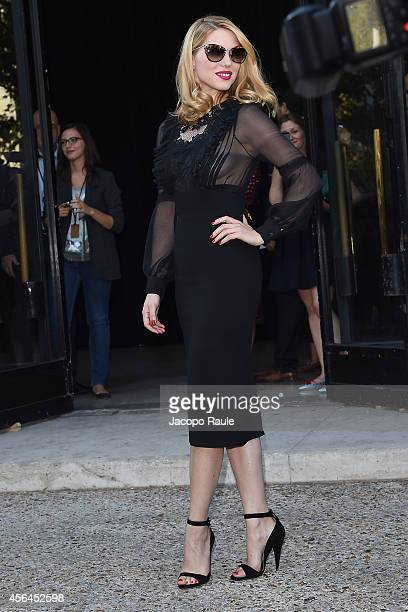 Lea Seydoux arrives at Miu Miu Fashion Show during Paris Fashion Week Womenswear SS 2015 on October 1 2014 in Paris France