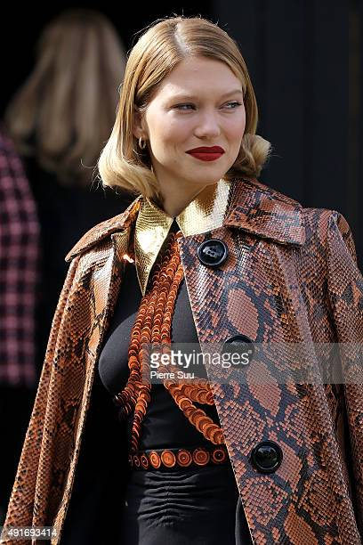 Lea Seydoux arrives at the Miu Miu show as part of the Paris Fashion Week Womenswear Spring/Summer 2016 on October 7 2015 in Paris France