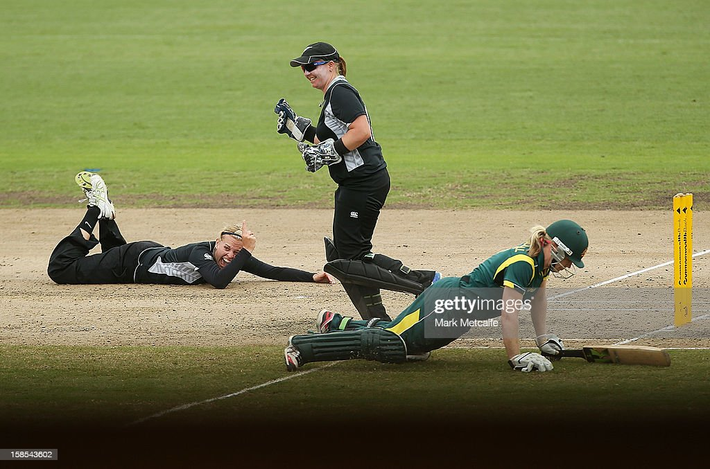 Lea Tahuhu of New Zealand celebrates running out <a gi-track='captionPersonalityLinkClicked' href=/galleries/search?phrase=Alex+Blackwell&family=editorial&specificpeople=198941 ng-click='$event.stopPropagation()'>Alex Blackwell</a> of Australia during game four of the one day international series between the Australian Southern Stars and New Zealand at North Sydney Oval on December 19, 2012 in Sydney, Australia.