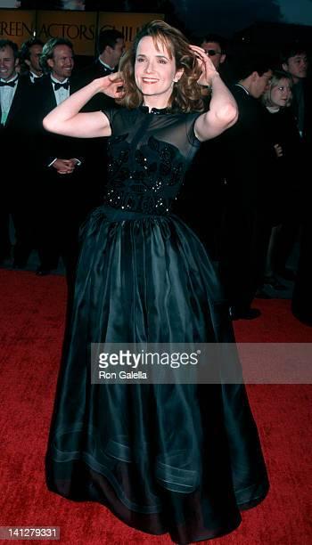 Lea Thompson at the 2nd Annual Screen Actors Guild Awards Santa Monica Civic Auditorium