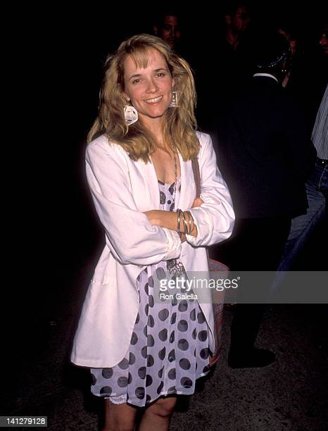 Lea Thompson at the Premiere of 'Die Hard 2' Avco Center Cinema Westwood