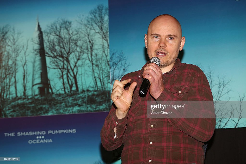 Lead singer <a gi-track='captionPersonalityLinkClicked' href=/galleries/search?phrase=Billy+Corgan&family=editorial&specificpeople=210832 ng-click='$event.stopPropagation()'>Billy Corgan</a> of The Smashing Pumpkins attends a press conferece to promote the new The Smashing Pumpkins album 'Oceania' and tonight Arena Ciudad de Mexico concert at Nikko hotel on September 22, 2012 in Mexico City, Mexico.