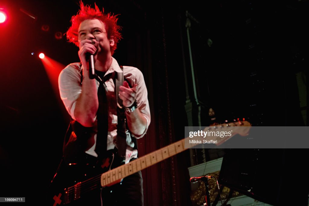Lead singer <a gi-track='captionPersonalityLinkClicked' href=/galleries/search?phrase=Deryck+Whibley&family=editorial&specificpeople=213117 ng-click='$event.stopPropagation()'>Deryck Whibley</a> of Sum 41 performs on stage at Grand Regency Ballroom on January 12, 2013 in San Francisco, California.