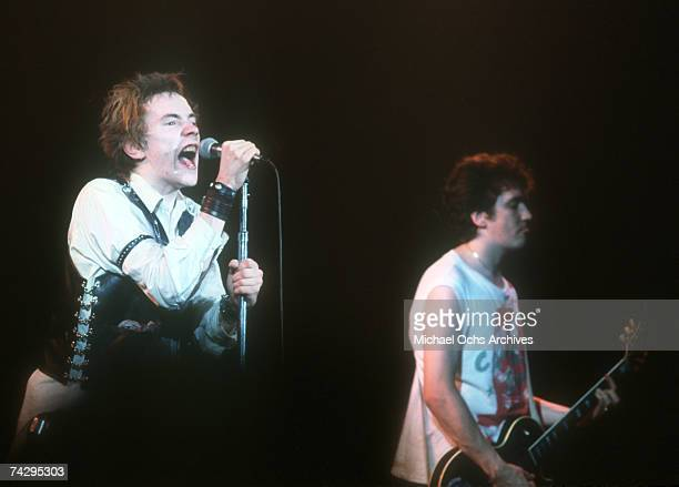 Lead singer Johnny Rotten and guitarist Steve Jones of the punk band 'The Sex Pistols' perform their last concert in Winterland on January 14 1978 in...
