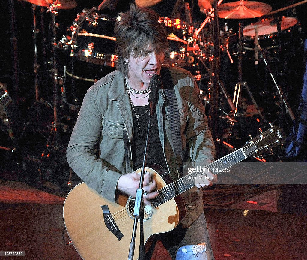 Lead Vocalist of the Goo Goo Dolls John Rzeznik performs as part of SIRIUS XM's Coffee House Live series at the Troubadour on August 31, 2010 in Los Angeles, California.