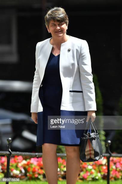 DUP leader Arlene Foster arrives at 10 Downing Street on June 13 2017 in London England Discussions between the DUP and the Conservative party are...
