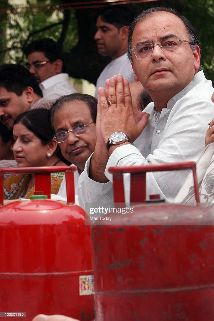 BJP leader Arun Jaitley at a BJP rally to observe 'Black Day' on completion of one year by the UPA government in New Delhi on May 24, 2010.