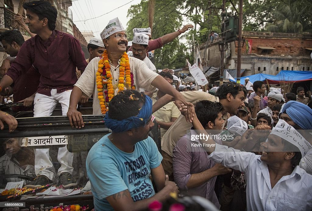 AAP leader Arvind Kejriwal is greeted by supporters during a rally by the leader on May 9, 2014 in Varanasi, India. India is in the midst of a nine-phase election that began on April 7 and ends May 12.
