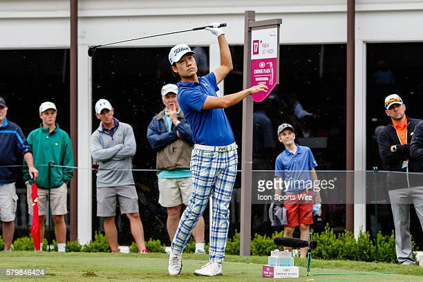 Leader Kevin Na tees off on during the second round of the Crowne Plaza Invitational at Colonial in Fort Worth TX