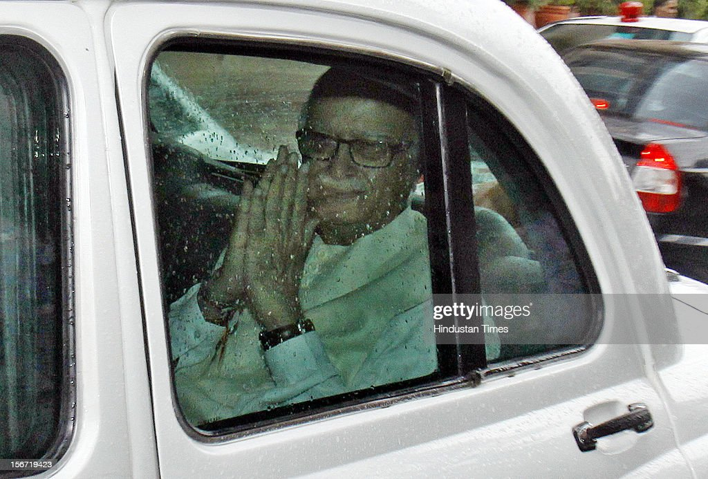 'NEW DELHI, INDIA - AUGUST 8: BJP leader Lal Krishna Advani leave at parliament after attending the first day of the Parliament Monsoon session on August 8, 2012 in New Delhi, India. (Photo By Sonu Mehta/Hindustan Times via Getty Images) '