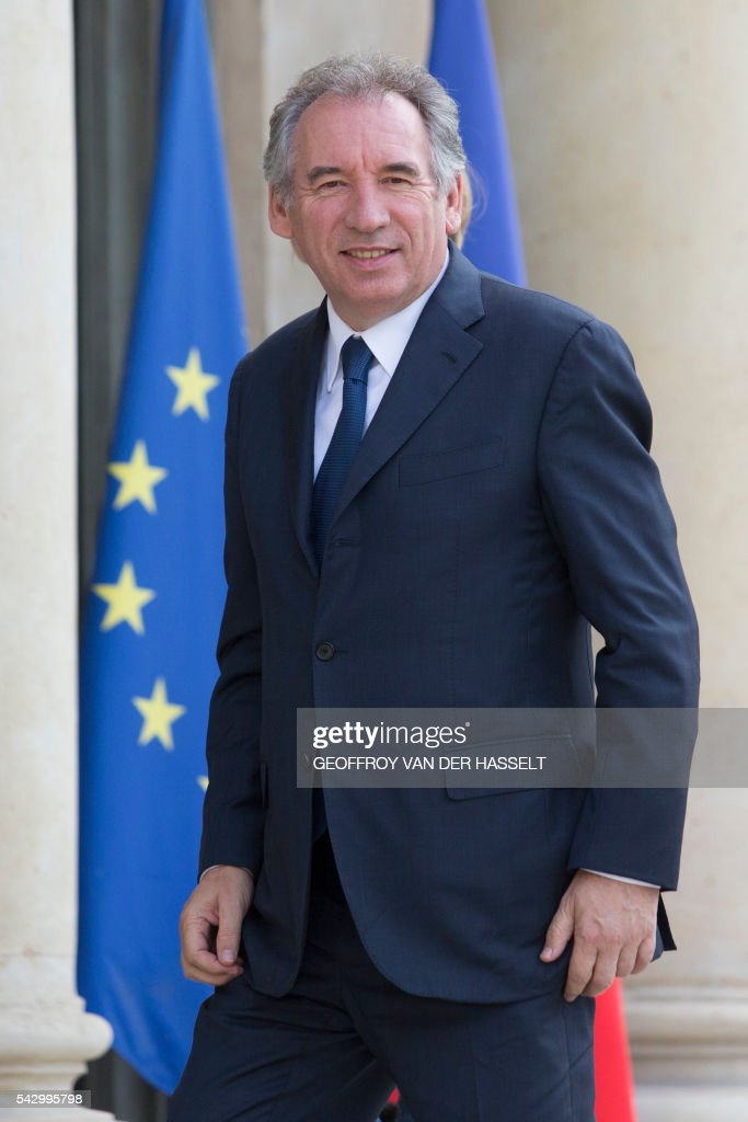 Leader of French MoDem centrist party Francois Bayrou arrives for a meeting with French President on June 25, 2016 at the Elysee Palace in Paris, after Britain voted to leave the European Union a day before. Europe's press was awash with gloom and doom over Brexit on June 25, warning that it was a boon for nationalists while urging EU leaders to meet the challenge of their 'rendezvous with history'. / AFP / GEOFFROY