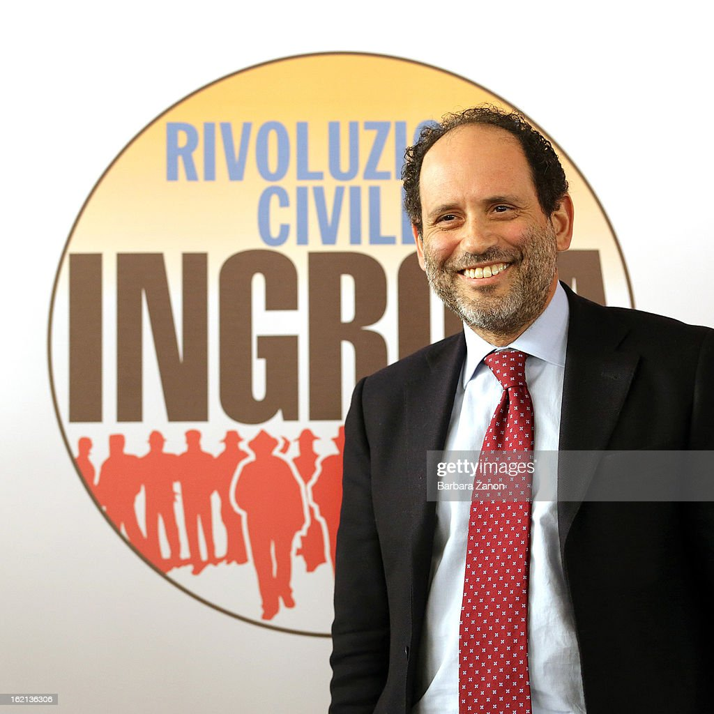 Leader of Rivoluzione Civile party, <a gi-track='captionPersonalityLinkClicked' href=/galleries/search?phrase=Antonio+Ingroia&family=editorial&specificpeople=6729188 ng-click='$event.stopPropagation()'>Antonio Ingroia</a> speaks on stage during the Electoral Campaign at Petrolchimico at Marghera on February 19, 2013 in Mestre, Italy. Rivoluzione Civile party is the left coalition led by <a gi-track='captionPersonalityLinkClicked' href=/galleries/search?phrase=Antonio+Ingroia&family=editorial&specificpeople=6729188 ng-click='$event.stopPropagation()'>Antonio Ingroia</a> that will contest the upcoming election in February.