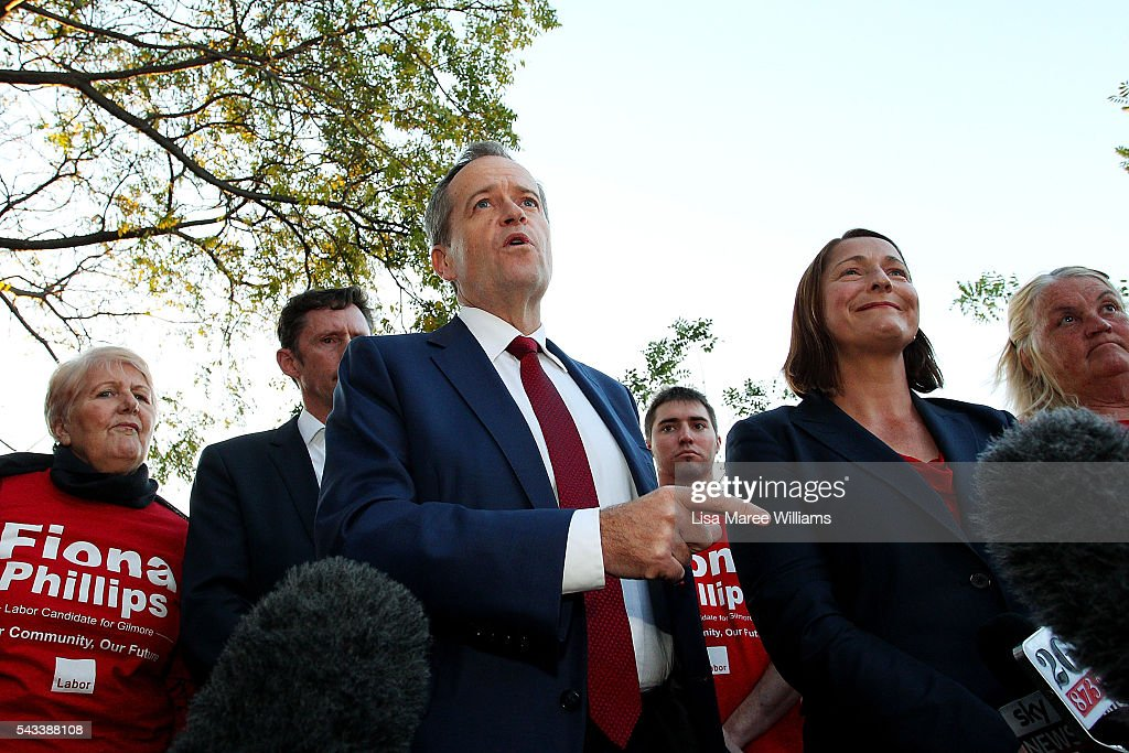 Leader of the Opposition, <a gi-track='captionPersonalityLinkClicked' href=/galleries/search?phrase=Bill+Shorten&family=editorial&specificpeople=606712 ng-click='$event.stopPropagation()'>Bill Shorten</a>(C) and local candidate <a gi-track='captionPersonalityLinkClicked' href=/galleries/search?phrase=Fiona+Phillips&family=editorial&specificpeople=867643 ng-click='$event.stopPropagation()'>Fiona Phillips</a> speak with locals during a street walk on June 28, 2016 in Nowra, Australia.The latest Newspoll shows the Coalition has pulled ahead of the Labor Party, less than a week out from the July 2 election. On a two-party preferred basis, the Coalition now leads Labor 51-49, breaking the deadlock from the last poll.