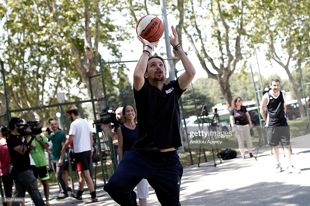 Leader of the Unidos Podemos 'United We Can', Pablo Iglesias plays basketball ahead of Spanish General Elections in Madrid, Spain on June 25, 2016.