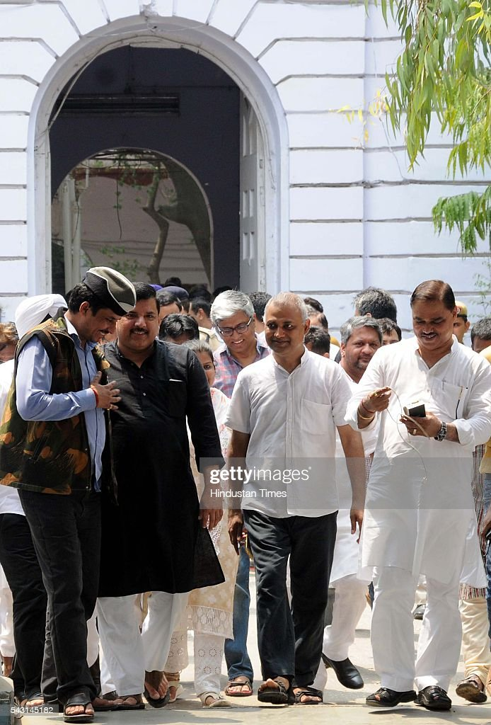 AAP leaders Ashutosh, Somnath Bharti, Sanjay Singh and others released by Delhi Police after a four-hour detention at parliament street police station while they were on their way 'to surrender' before Prime Minister Narendra Modi at 7 RCR, on June 26, 2016 in New Delhi, India. The planned protest was scheduled a day after AAP MLA Dinesh Mohaniya's arrest and the consequent Emergency remark made by Delhi Chief Minister Arvind Kejriwal.