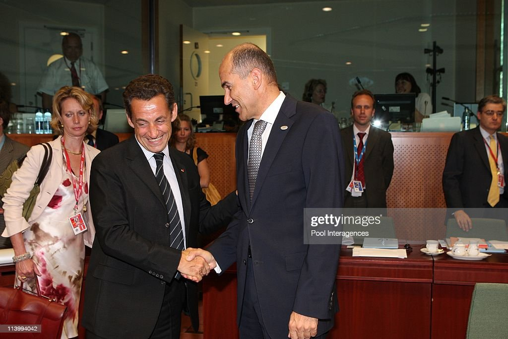 EC leaders at the first session of the European Union summit In Brussels, Belgium On June 21, 2007-French president Nicolas Sarkozy with Slovenia <a gi-track='captionPersonalityLinkClicked' href=/galleries/search?phrase=Janez+Jansa&family=editorial&specificpeople=566150 ng-click='$event.stopPropagation()'>Janez Jansa</a> (R).