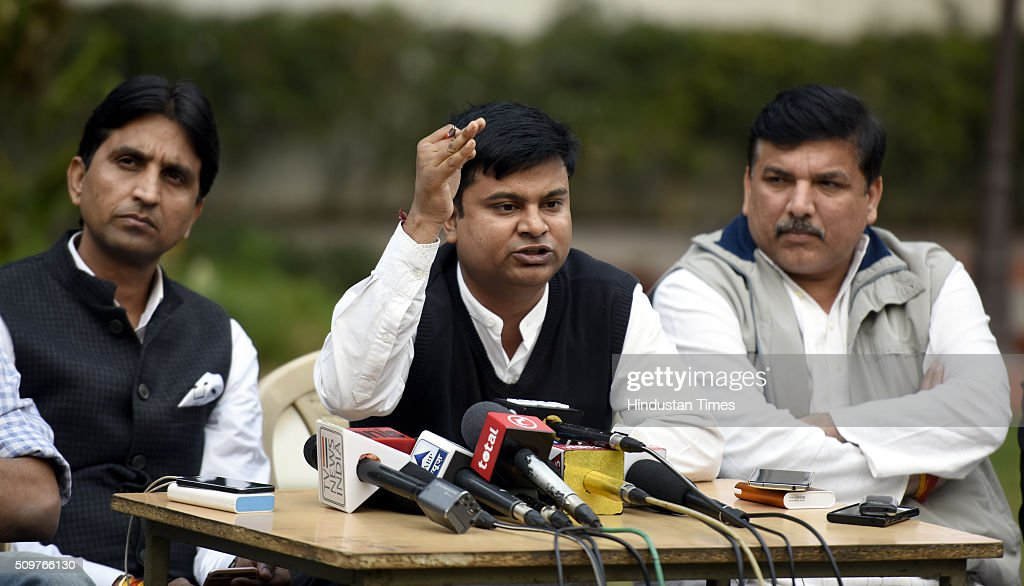 AAP leaders Sanjay Singh, advocate Rishabh and Kumar Vishwas address a press conference the issue on questioning of AAP Leaders in farmer Gajendra Singh death case at AAP office on February 12, 2016 in New Delhi, India. On April 22, Gajendra Singh, a farmer from Rajasthan, allegedly committed suicide by hanging himself from a tree in full public view in the presence of Delhi Chief Minister Arvind Kejriwal at an Aam Aadmi Party rally.