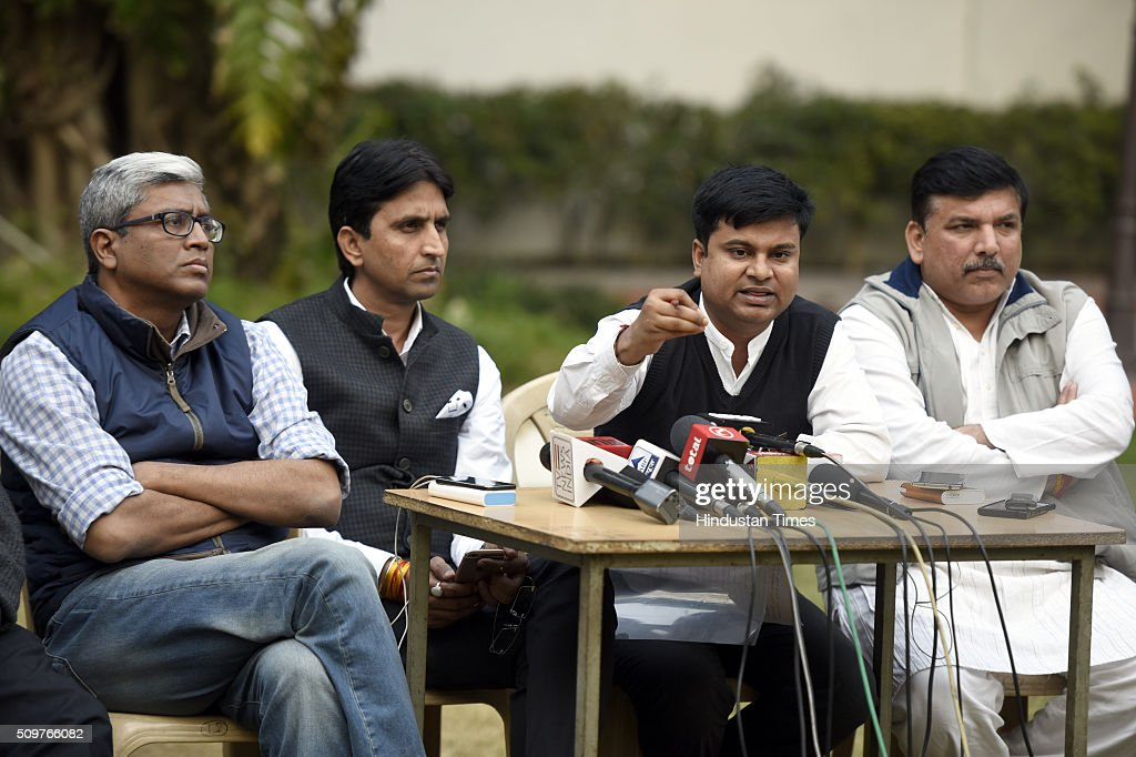 AAP leaders Sanjay Singh, advocate Rishabh, with Kumar Vishwas, Ashutosh address a press conference the issue on questioning of AAP Leaders in farmer Gajendra Singh death case at AAP office on February 12, 2016 in New Delhi, India. On April 22, Gajendra Singh, a farmer from Rajasthan, allegedly committed suicide by hanging himself from a tree in full public view in the presence of Delhi Chief Minister Arvind Kejriwal at an Aam Aadmi Party rally.