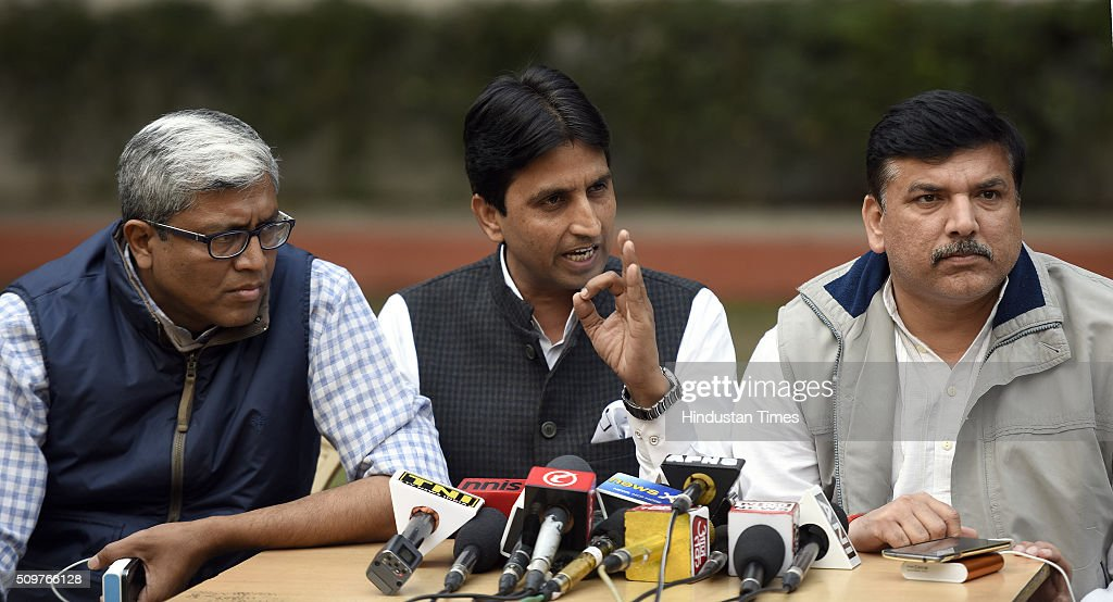 AAP leaders Sanjay Singh, with Kumar Vishwas and Ashutosh address a press conference the issue on questioning of AAP Leaders in farmer Gajendra Singh death case at AAP office on February 12, 2016 in New Delhi, India. On April 22, Gajendra Singh, a farmer from Rajasthan, allegedly committed suicide by hanging himself from a tree in full public view in the presence of Delhi Chief Minister Arvind Kejriwal at an Aam Aadmi Party rally.