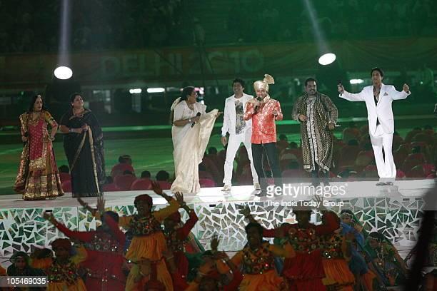 Leading singers Shaan Usha Uthup Shankar Mahadevan Shiamak Davar Sunidhi Chauhan and Sukhwinder Singh perform during the closing ceremony of the XIX...