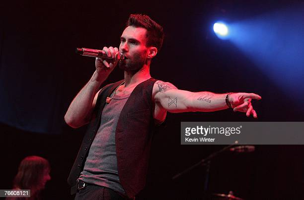 MTV leads up to the 2007 Video Music Awards with Maroon 5 and Robin Thicke performing together at 'VMA Fandemonium A Concert To Benefit Lifebeat' on...