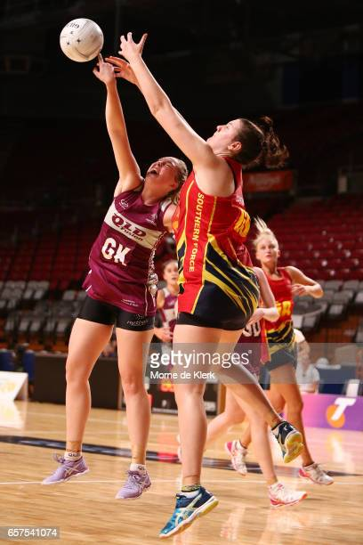 Leah Middleton of the Fusion competes for the ball with Jane Cook of the Force during the round six ANL match between the Southern Force and the QLD...