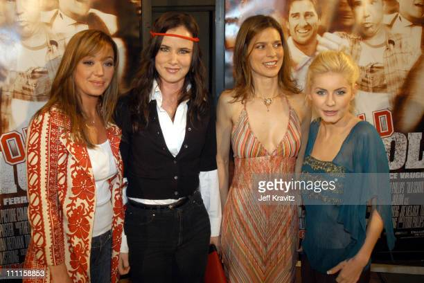 Leah Remini Juliette Lewis Perrey Reeves and Elisha Cuthbert