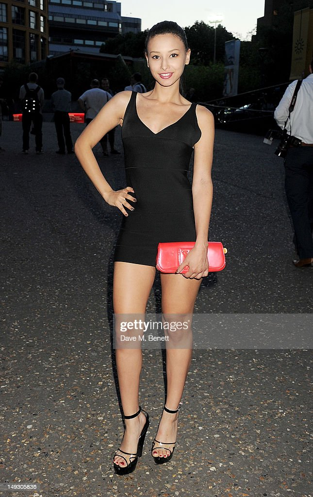 Leah Weller arrives at the Warner Music Group Pre-Olympics Party in the Southern Tanks Gallery at the Tate Modern on July 26, 2012 in London, England.