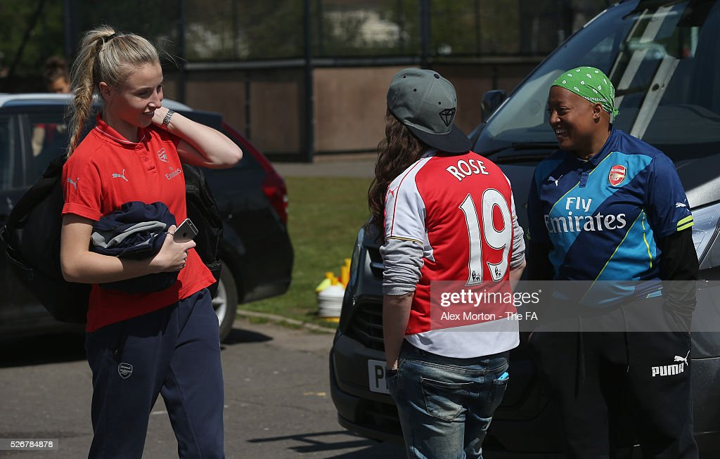 <a gi-track='captionPersonalityLinkClicked' href=/galleries/search?phrase=Leah+Williamson&family=editorial&specificpeople=7058102 ng-click='$event.stopPropagation()'>Leah Williamson</a> of Arsenal talks to fans prior to the WSL match between Arsenal Ladies and Birmingham City Ladies at Meadow Park on May 1, 2016 in Borehamwood, England.